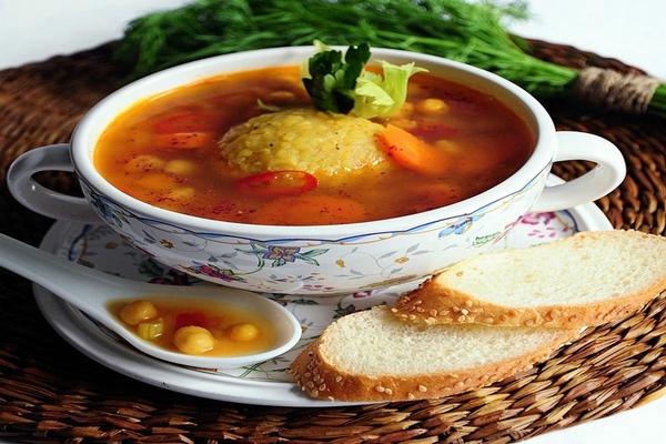 Куббе (kubbeh) – суп с клёцками из булгура с мясной начинкой