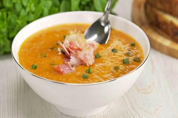 Суп из красной чечевицы с беконом