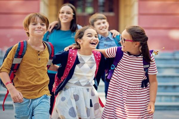Как помочь ребенку найти общий язык со сверстниками: советы педагога