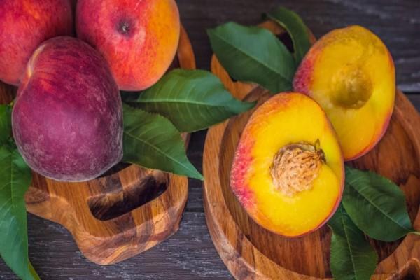7 научно обоснованных причин чаще есть персики