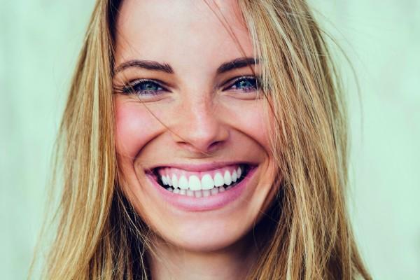 5 привычек, которые через несколько лет приведут к потере зубов