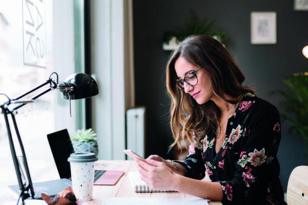 Как копить при маленькой зарплате: 10 небанальных советов