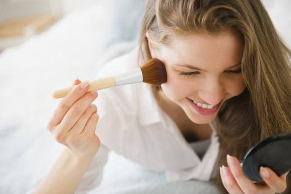 Как сделать макияж из 3 средств: лайфхаки визажиста