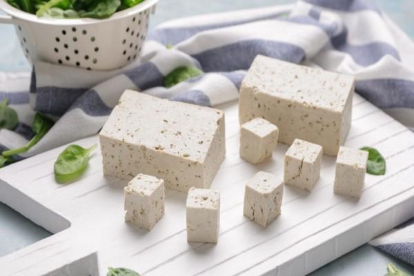 8 причин хотя бы раз попробовать сыр тофу