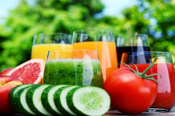 Вред от полезных фрешей: как пить соки правильно