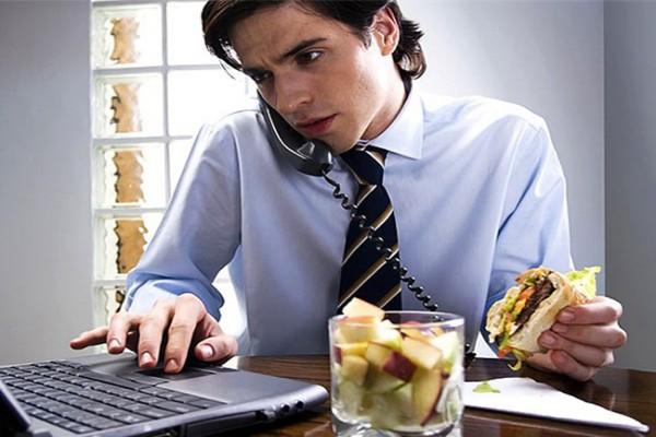 Привычка, из-за которой может появиться лишний вес