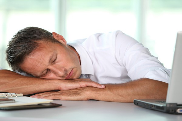Напряженная работа негативно отражается на психике человека