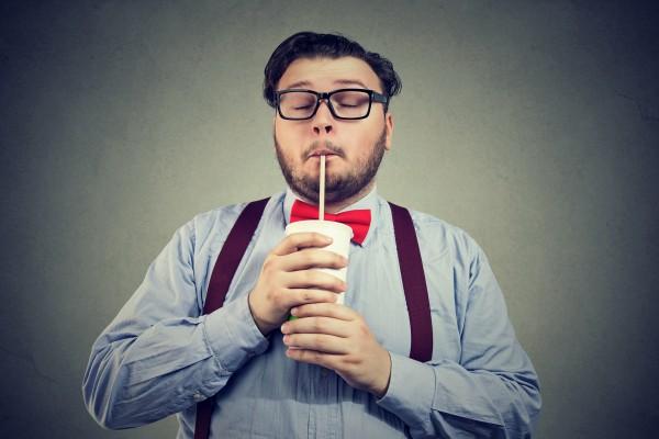 История человека, который выпивал в день 40 банок газировки