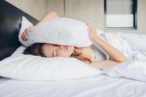 «Ночные ходоки»: можно ли вставать ночью в уборную и за водой и почему