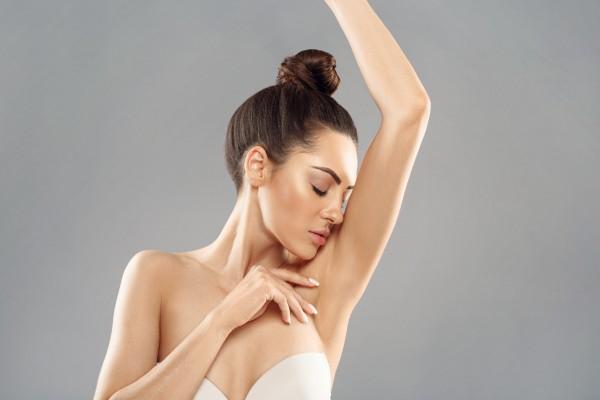 Уплотнение под мышкой — опасный симптом для женщин