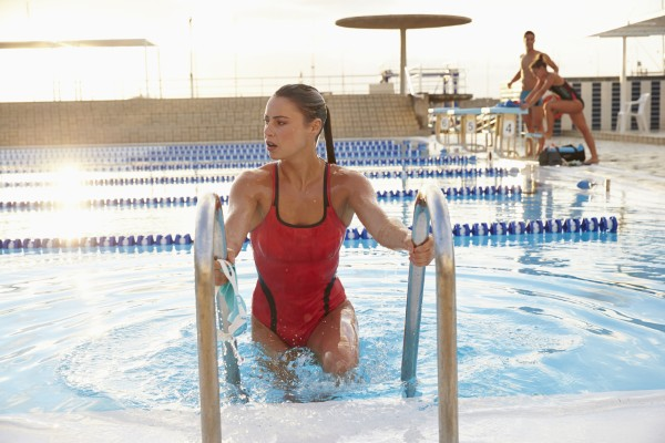 «Всегда зову девушку на первое свидание в бассейн»