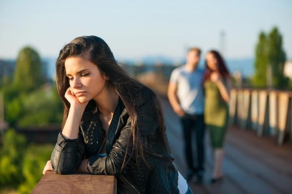 Ученые выяснили, почему не стоит общаться с бывшими