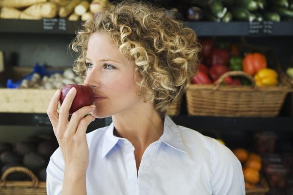 Яблоки, арбуз и еще 5 фруктов, от которых толстеют