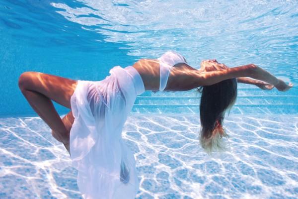 Вода в ухе: первая помощь после купания