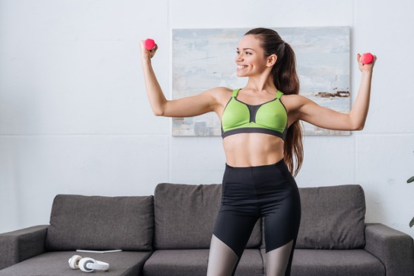 Фитнес дома: 5 простых правил для тренировок в домашних условиях