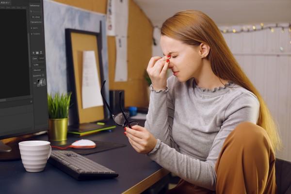 Что делать, если после работы за компьютером в глазах всё двоится