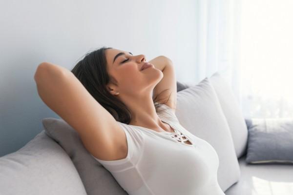 3 эффективных способа, которые помогут справиться с ПМС