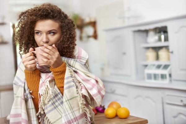 Почему таблетки опасно запивать чаем, кофе и газировкой