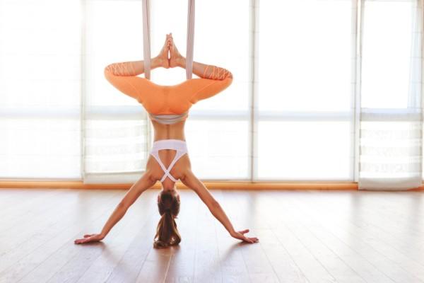 AntiGravity йога: как подготовиться новичкам в домашних условиях
