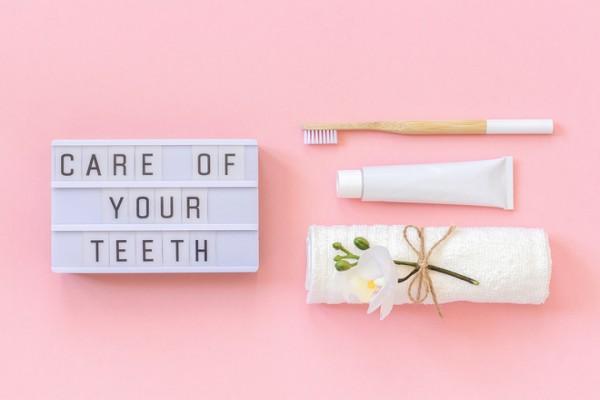Как правильно чистить зубы: простые советы, которые нужно запомнить (и использовать)
