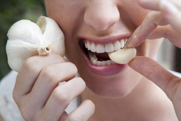 Что будет с телом, если съедать зубчик чеснока каждый день