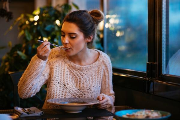 Жирные продукты, которые обязательно нужно есть зимой