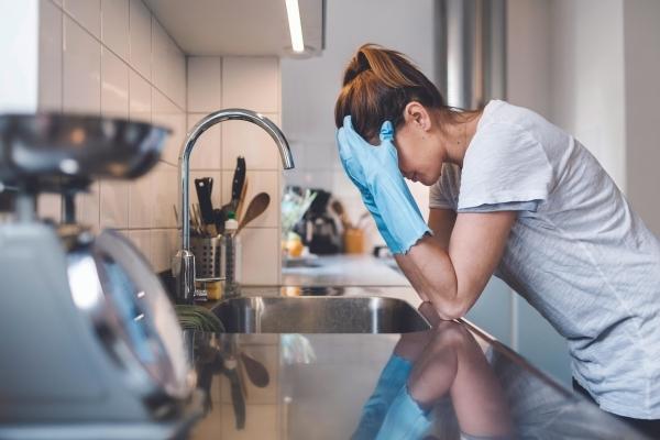 10 бессмысленных дел по дому, которые отнимают кучу времени