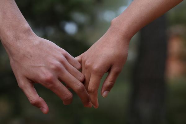 Неформальный брак: плюсы и минусы отношений без штампа
