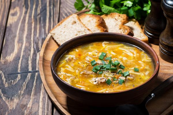 Вермишелевый суп с овощами