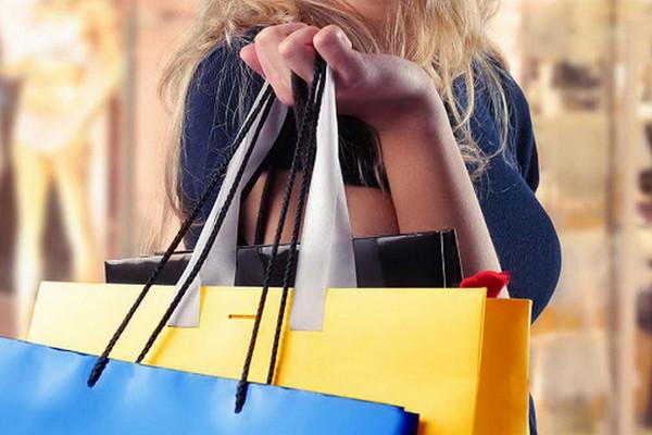 Бессмысленные расходы: 10 способов выкинуть деньги на ветер