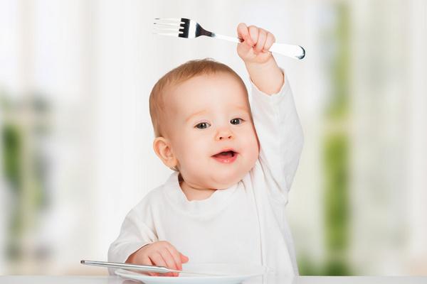 Едим с удовольствием: как приучить детей к правильному питанию