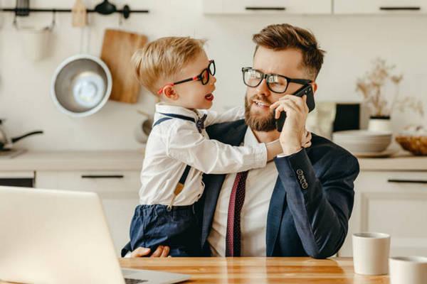 Как научить ребенка не перебивать взрослых