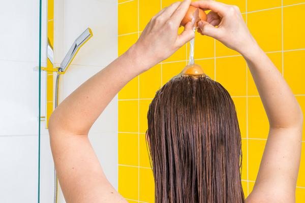 Бабушкины секреты: рецепты яичных масок для волос
