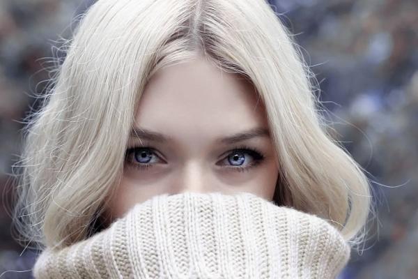 Как сохранить свой блонд холодным: полезные советы от колористов