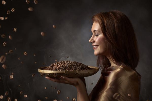 Придаем волосам роскошный цвет при помощи кофе