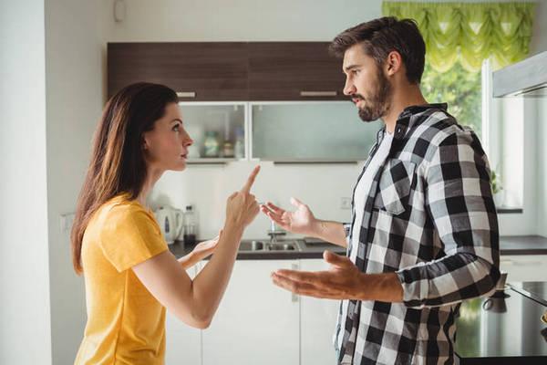 4 причины, почему упреки могут разрушить ваш брак