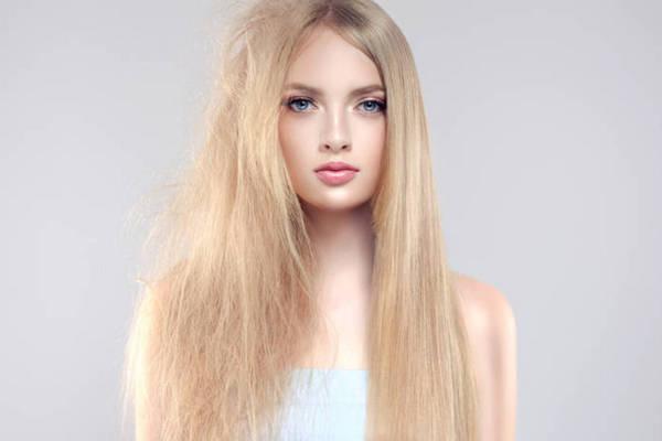 3 способа справиться с волосами, которые электризуются