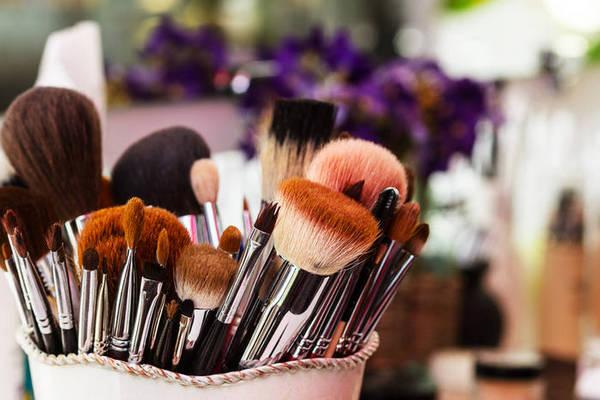 Как быстро и просто почистить кисти для нанесения макияжа домашними средствами