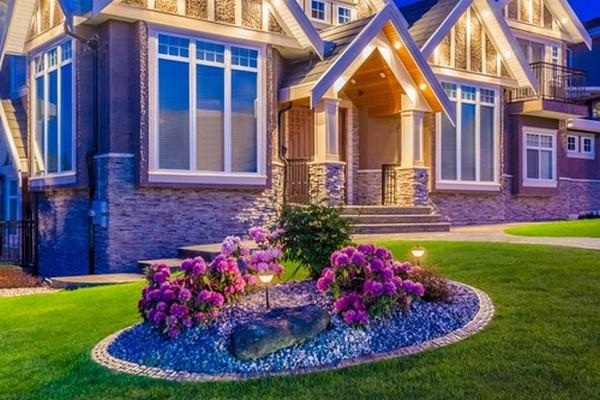 7 способов украсить двор своими руками