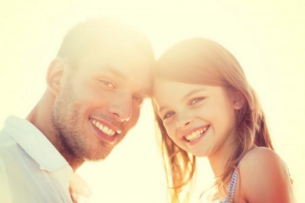 Как отношения с отцом в детстве влияют на жизнь женщины