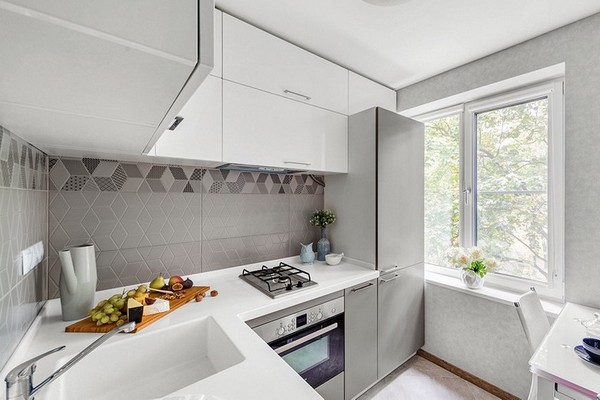 Как эргономично обустроить пространство в зоне кухни