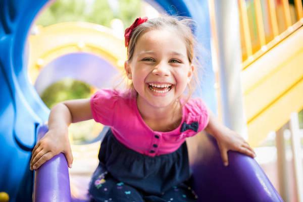 Негласные правила поведения на детской площадке. Как не стать белой вороной?