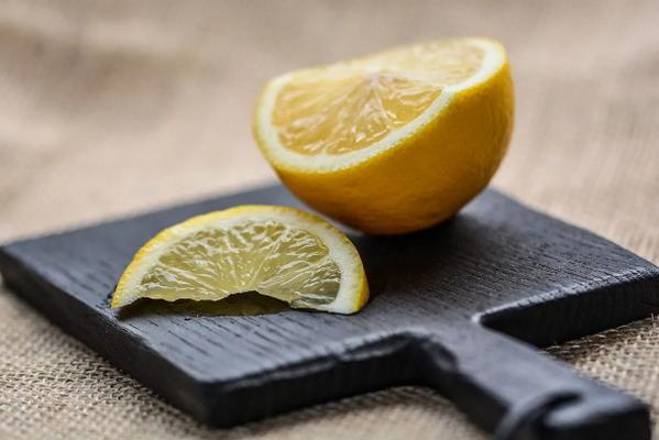 Как в домашних условиях сделать лимонную тряпку от пыли