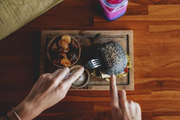 Специалисты изучили влияние пищевых привычек на психическое здоровье людей