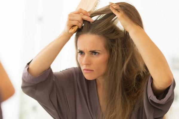 Почему у вас слишком быстро появляются седые волосы: 5 причин