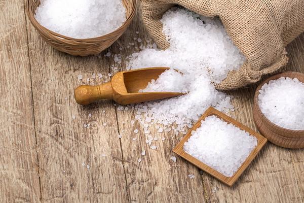 Кому и по каким причинам стоит употреблять йодированную соль