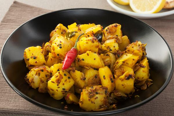 Ужин для мужа: картофель по-бомбейски