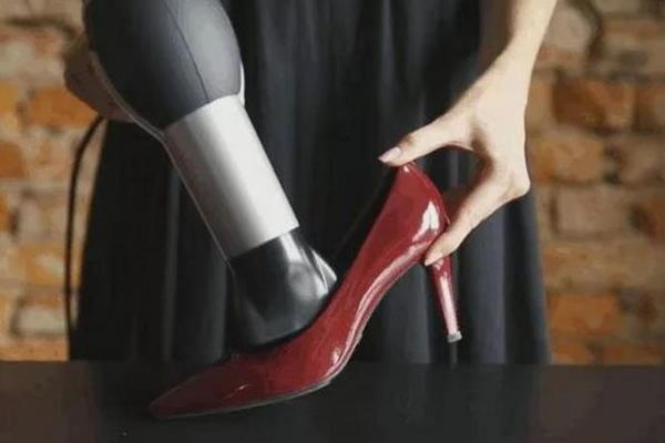 Как растянуть обувь? Полезные советы