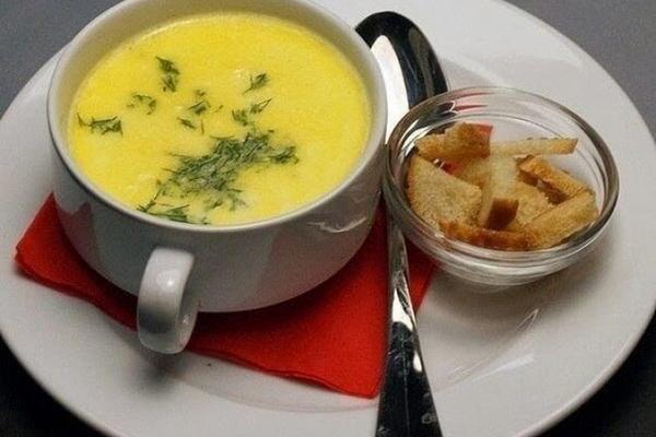 Суп-пюре из моркови и плавленого сыра
