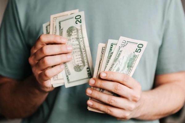 5 советов из известных бестселлеров, которые помогут вам разбогатеть